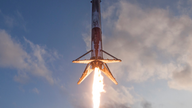 SpaceX celebrated a five-year rocket landing with a record streak of success