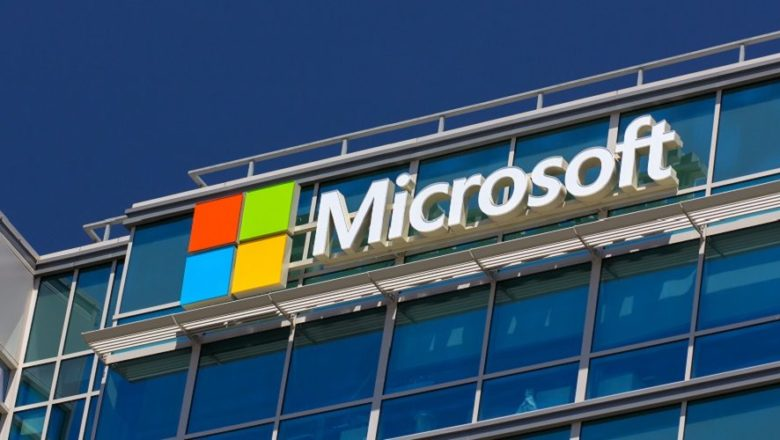 Microsoft to replace Outlook Desktop app with a web application: Report